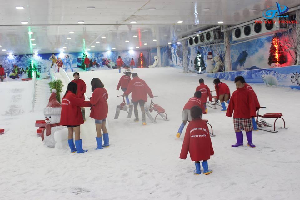 động trượt tuyết tại khoang xanh suối tiên (1)